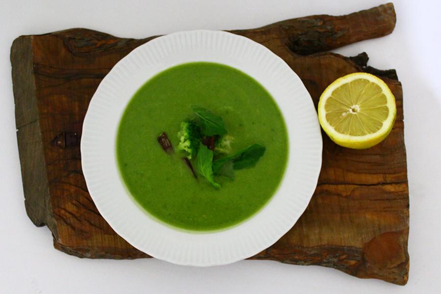 broccoli-detox-soup-001