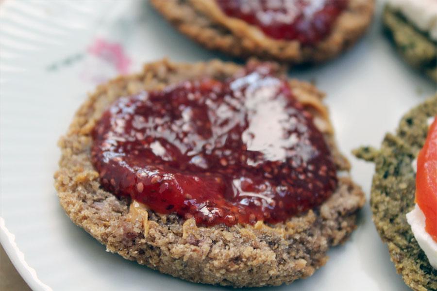 strawberry-chia-jam-003